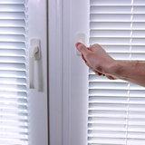 Приоткрывание окна