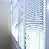 Балконные окна с жалюзи