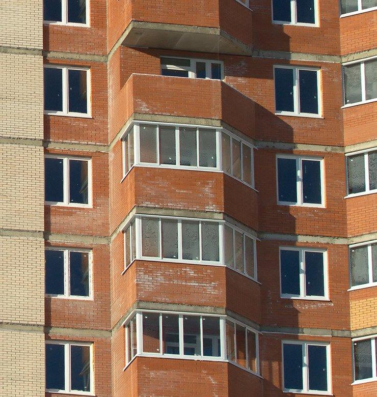 Стандартное остекление балконов и лоджий в домах п-44 и п-44.