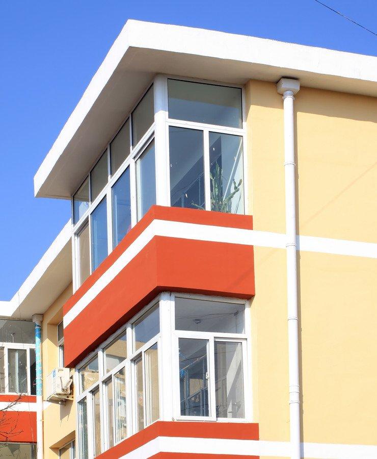 Монтаж и демонтаж остекления балконов и лоджий по гост и сни.