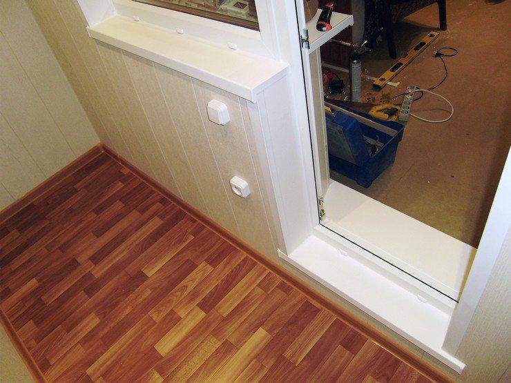 Как сделать порог на балкон из подоконника
