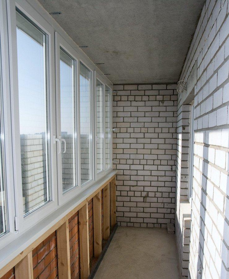 Кладка из кирпича и пеноблоков на балконе или лоджии.